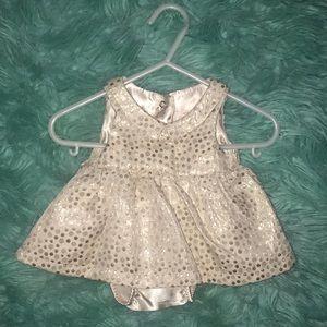 NWOT   size NB   Cat & Jack   Gold Dress